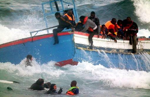 الغموض يكتنف حادث اصطدام خافرة السواحل العسكرية بمركب للهجرة السرية